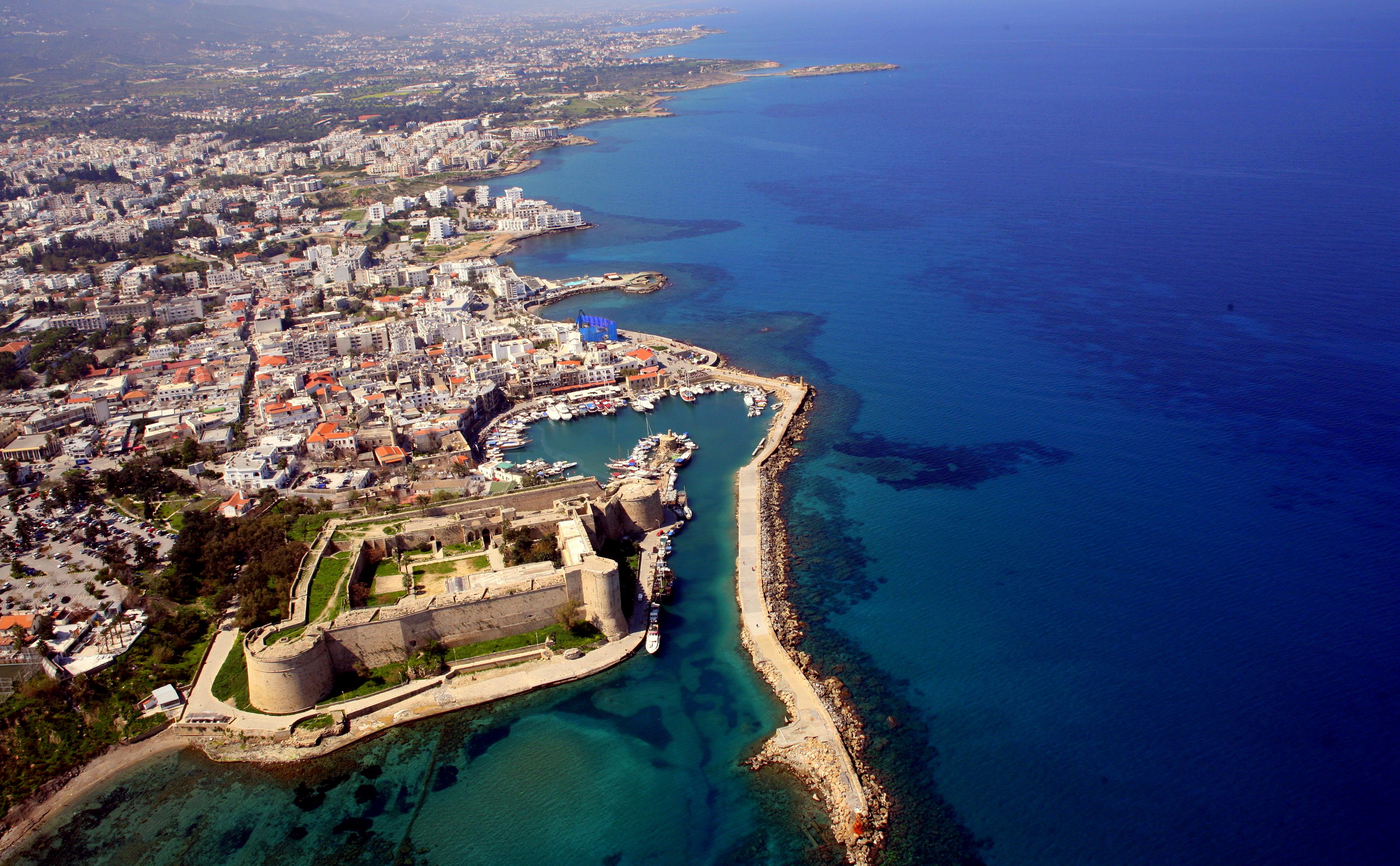 girne_from_air_harbour_gamla_hamnen_norra_cypern_magasinet