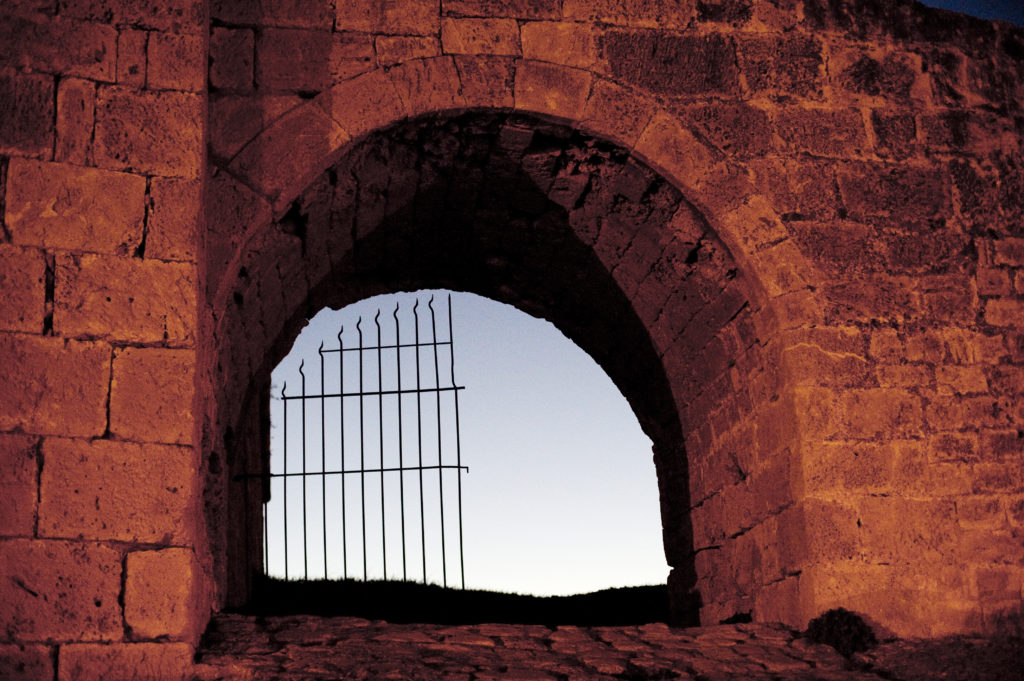 PET_north-cyprus-2015-famagusta-old-wall-gate0000