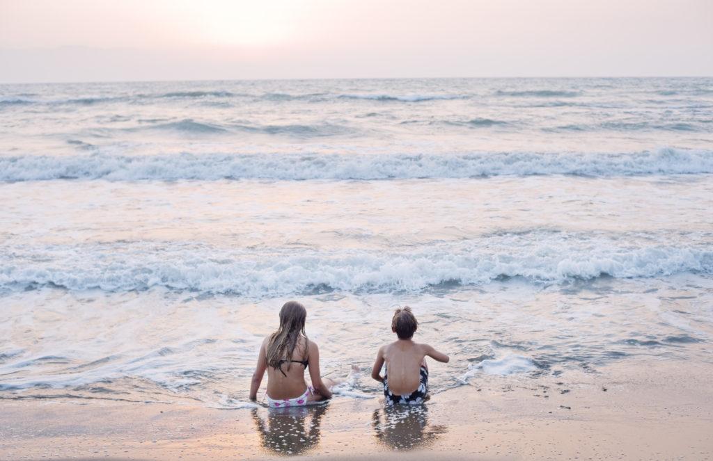 PET_north-cyprus-2015-beach-kids-sea-ocean