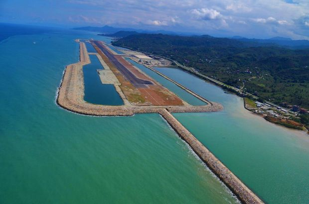 New-airport-on-artificial-island-opens-in-Turkey