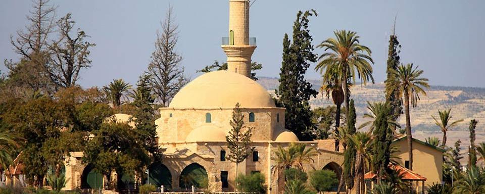 larnaca-Hala-Sultan-Tekke-Cyprus