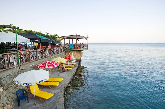 Yesilirmak-Cyprus-largest-grapevine4