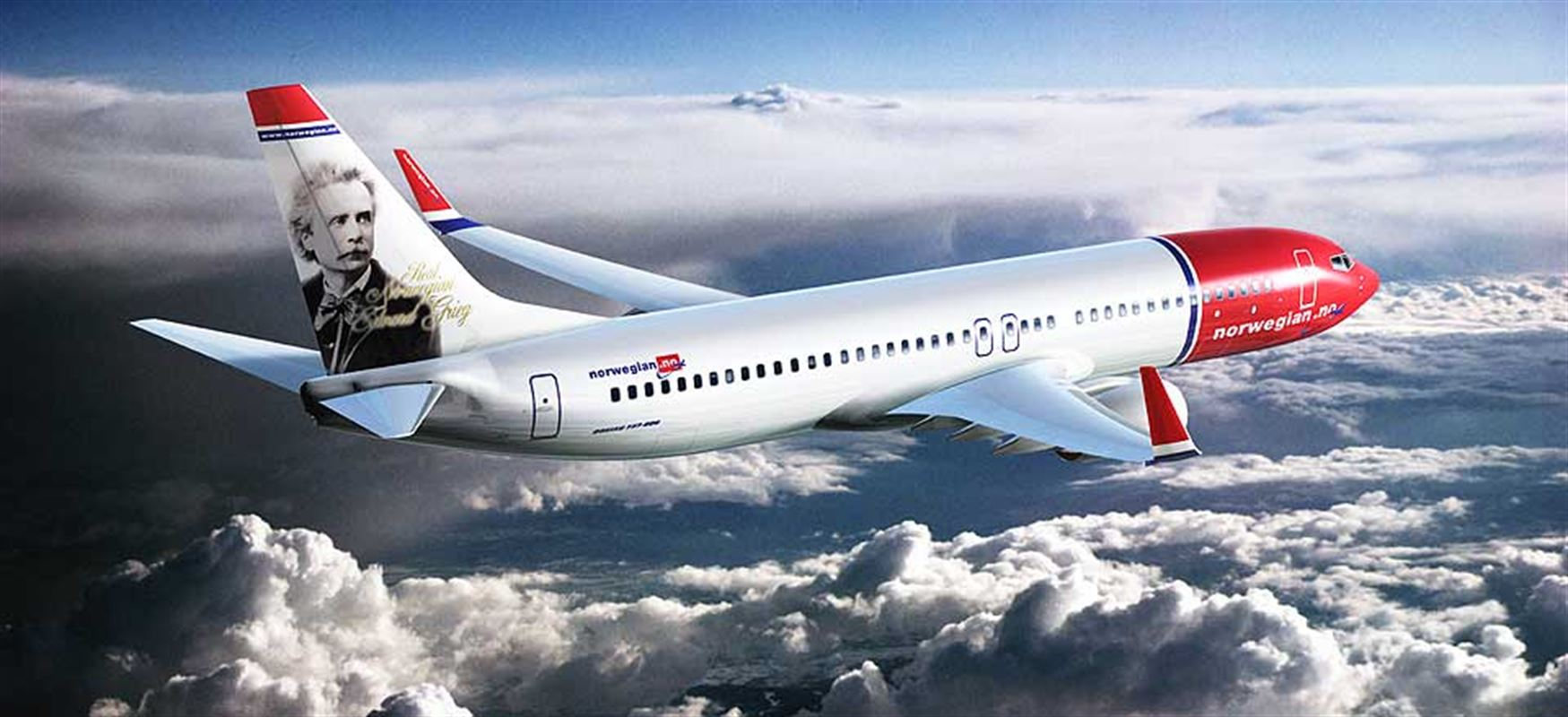 norwegian-airlines-flying-above-the-clouds
