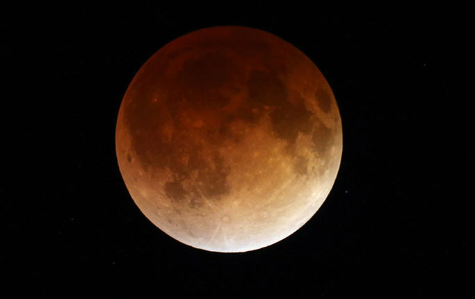 super-moon-blood-moon