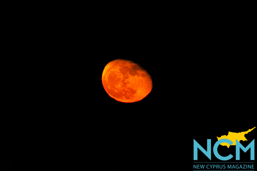 north-cyprus-2015-spooky-red-moon