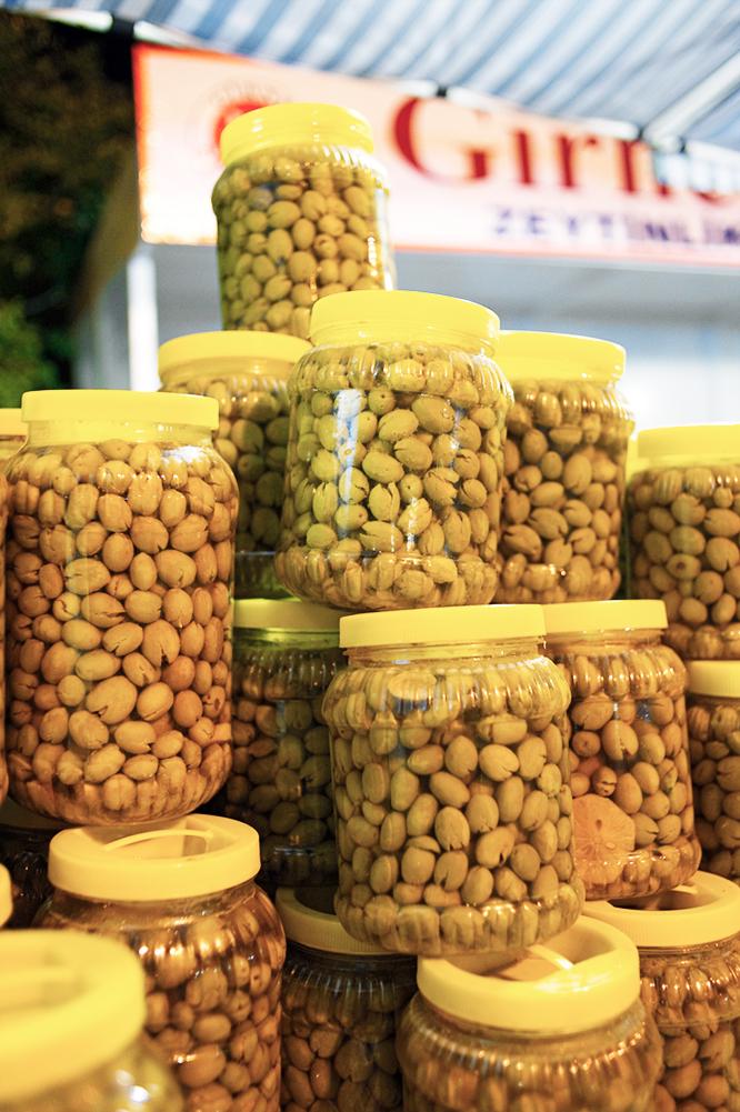 north-cyprus-olive-festival-Zeytinlik-jars