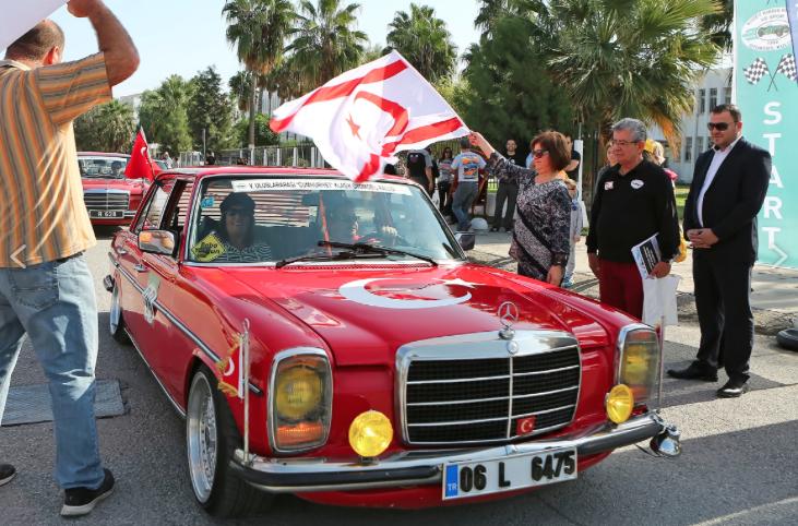 Red-car-mercedes-5th-International-Republic-Classic-Car-Rally