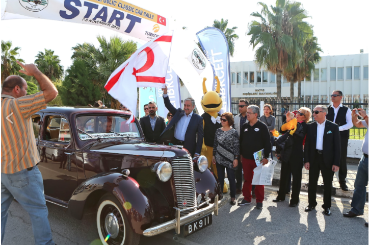 mustafa-akinci-start-5th-International-Republic-Classic-Car-Rally