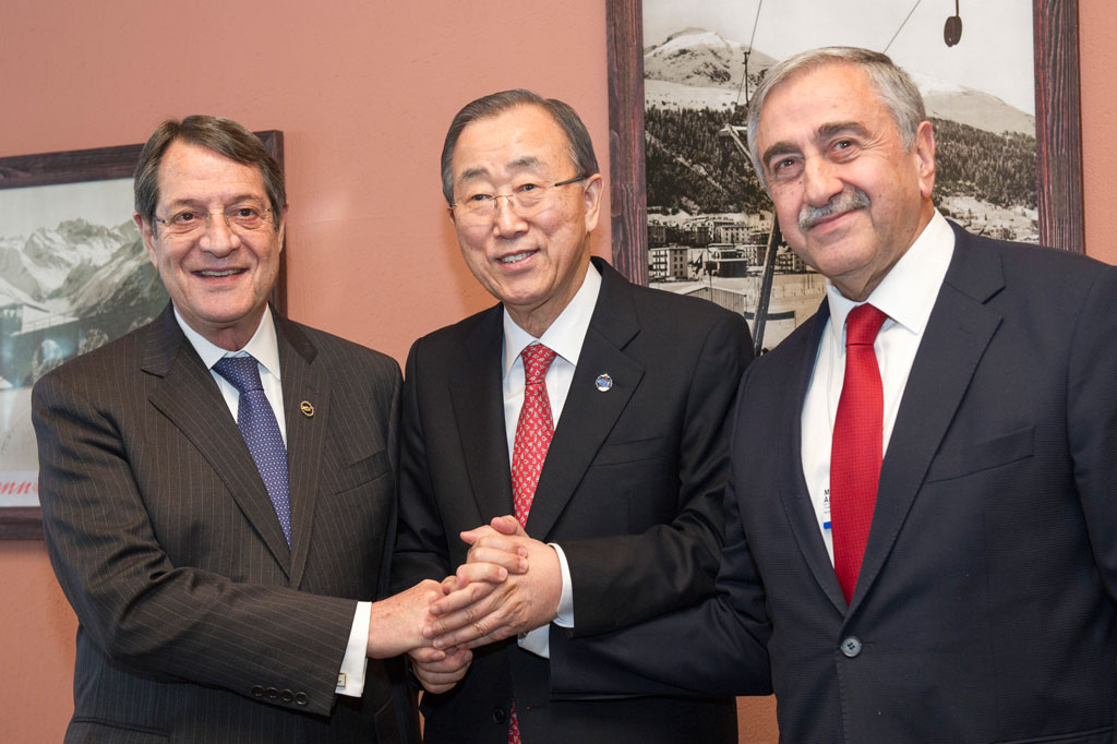 Nicos Anastasiades and Mustafa Akinci in Davos