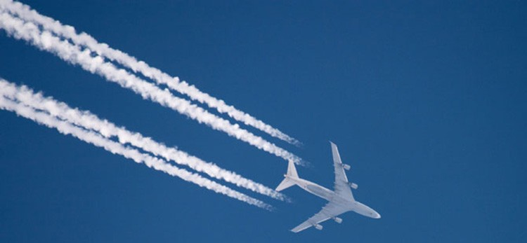Vapor trails from airplane