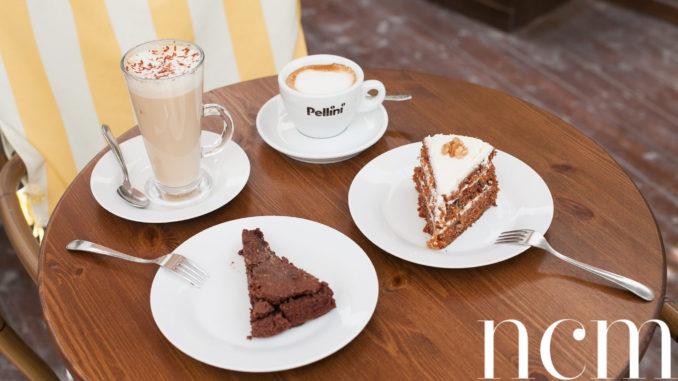 Café Oregano Bellapais, cakes