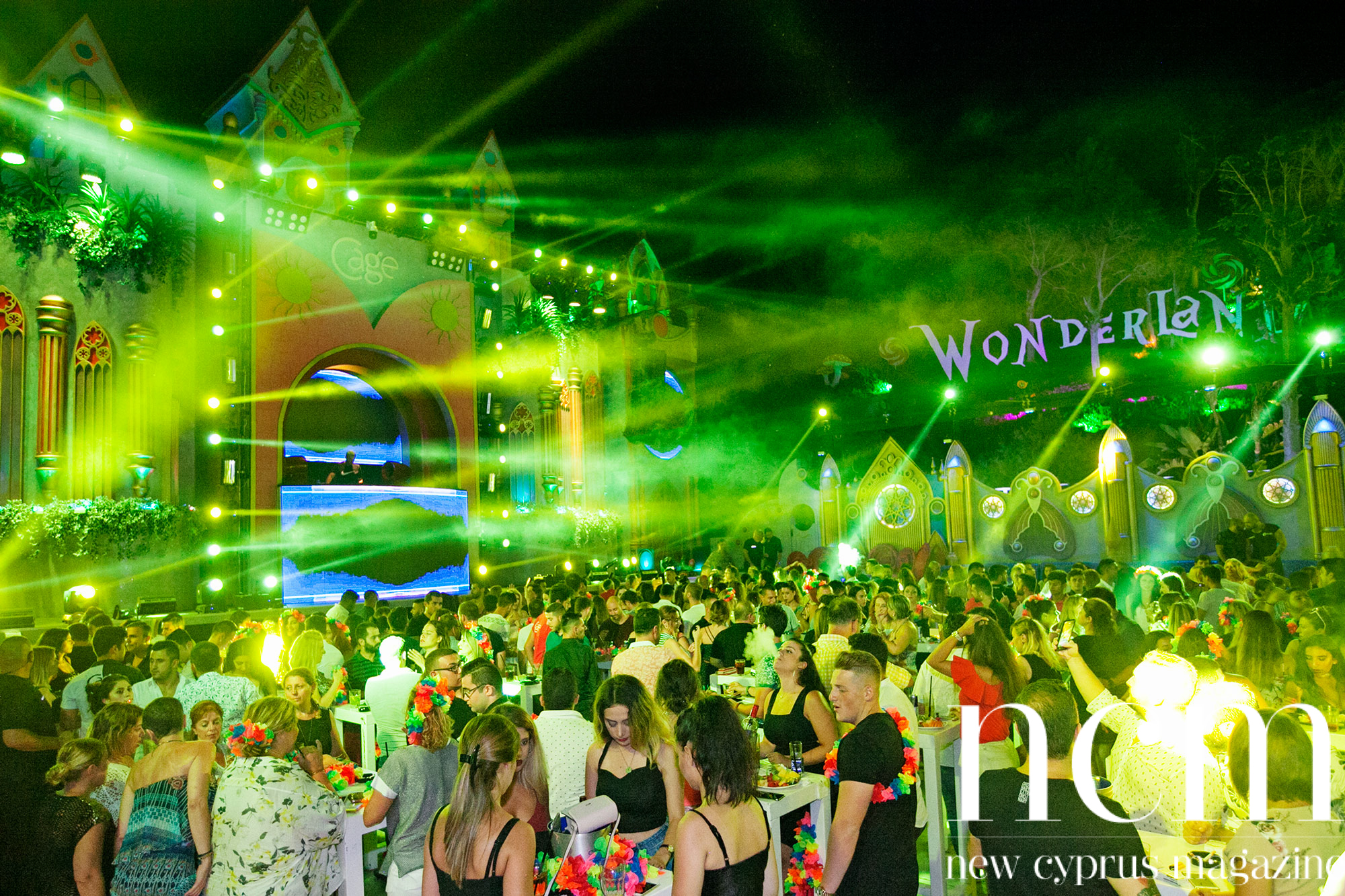 Party at Cage Club Wonderland
