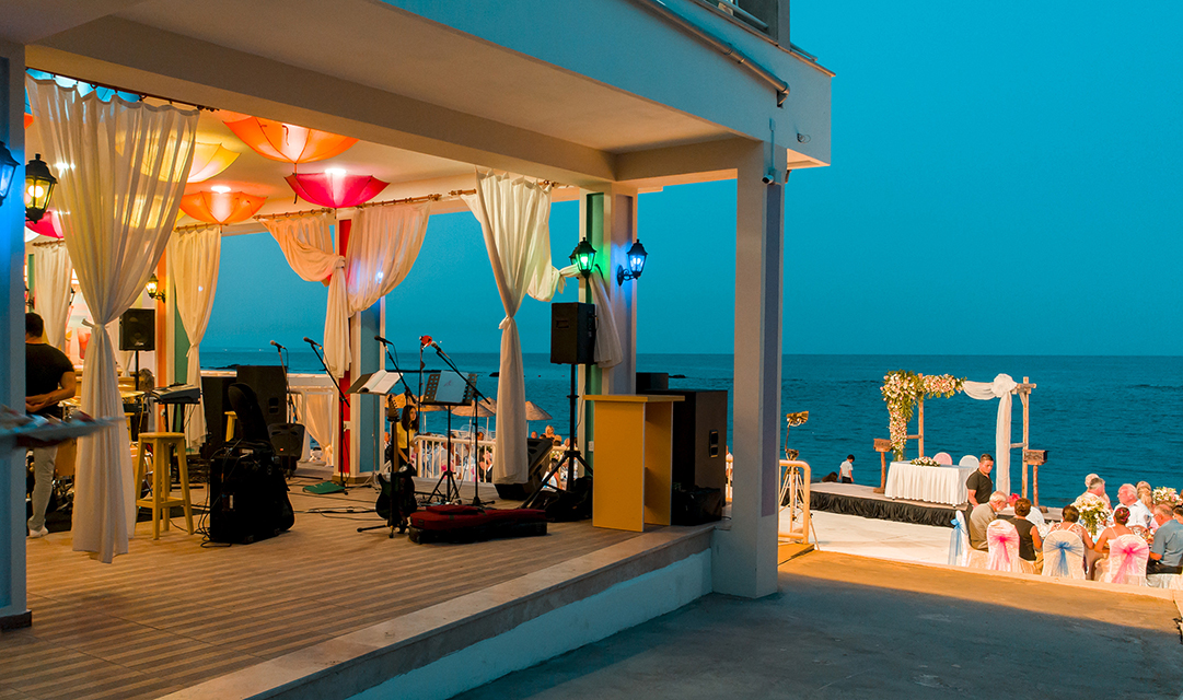 Weddings at Salamis Hotel with a beautiful venue